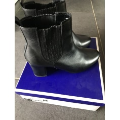High Heel Ankle Boots André