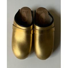 Chaussons & pantoufles Kirstin adolphson  pas cher
