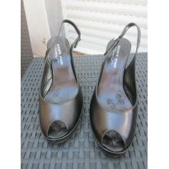 Sandales à talons Elizabeth Stuart  pas cher