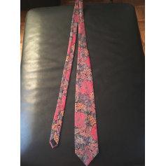 Tie Vintage