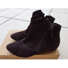 Bottines & low boots à talons Think  pas cher