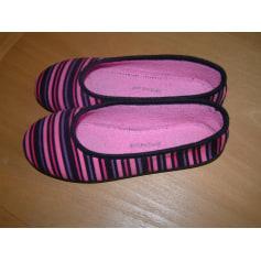 Slippers Tissaia