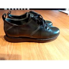 Chaussures à lacets  TBS  pas cher
