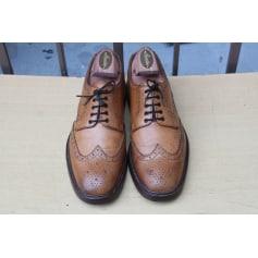 Chaussures à lacets Loake  pas cher