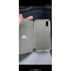Etui iPhone Sans Marque  pas cher