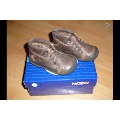 Lace Up Shoes MOD 8 Brown