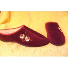 62dc4214c85ae Chaussons   pantoufles Damart Femme   articles tendance - Videdressing