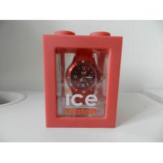 Montre au poignet ICE WATCH Rouge, bordeaux