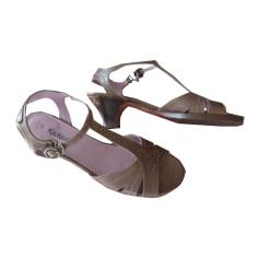 Sandales à talons KICKERS Marron
