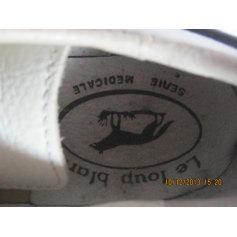 Schuhe mit Klettverschluss Le Loup Blanc