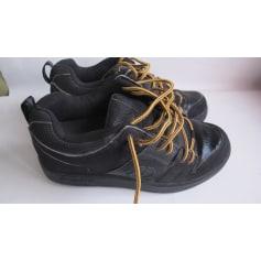 Sportschuhe Heelys