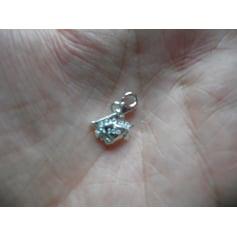 Pendentif, collier pendentif Bague à Part  pas cher