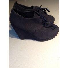 Chaussures à lacets  Forever 21  pas cher