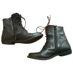 5e52193038d2a1 Bottines & low boots Kickers Femme : articles tendance - Videdressing