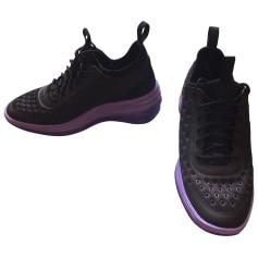 Sneakers NIKE Violet ,lavande ,noir