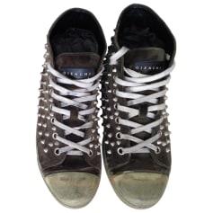 Sneakers GIENCHI Grün