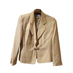 Synonyme de petite veste de femme