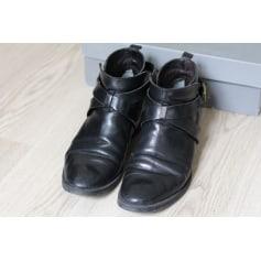 Bottines & low boots plates MINELLI Noir