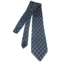 Tie Guy Laroche