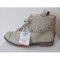 Bottines & low boots plates BERSHKA Beige, camel