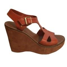 Sandales compensées BIMBA & LOLA Marron