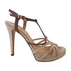 Sandali con tacchi FENDI Grigio, antracite
