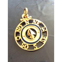 Pendentif, collier pendentif GUY LAROCHE Doré, bronze, cuivre