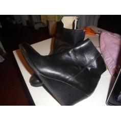 Bottines & low boots à compensés SAN MARINA Noir