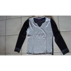 8852681853 William de Faye Clothing Women