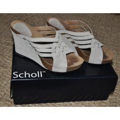 Sandales compensées Scholl