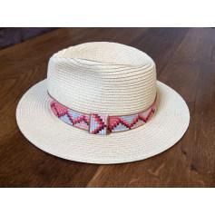 Chapeaux   Bonnets Kiabi Femme   articles tendance - Videdressing 623518fe070
