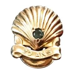 Pin's CARTIER Doré, bronze, cuivre