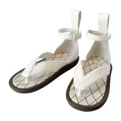 Flat Sandals LOUIS VUITTON White, off-white, ecru