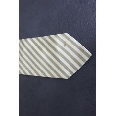 Tie Dunhill