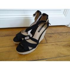 Sandales compensées PULL & BEAR Noir
