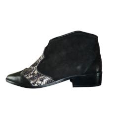 Bottines & low boots plates IKKS Noir