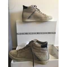 Lace Up Shoes DIRK BIKKEMBERGS Beige, camel