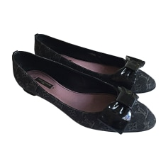 Ballet Flats LOUIS VUITTON Black