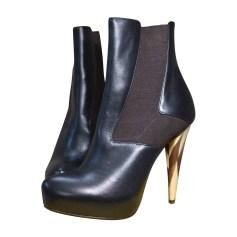 High Heel Boots FENDI Black