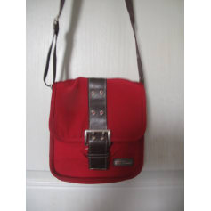 2db76fe012 Non-Leather Shoulder Bag KATANA Red