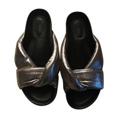 Sandales plates  CHLOÉ Doré, bronze, cuivre