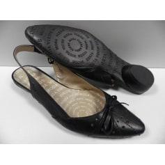 55943349ff Heeled Sandals VIRUS MODA Black