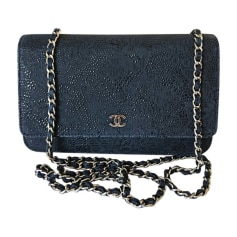 Leather Handbag CHANEL Wallet-On-Chain Blue, navy, turquoise