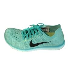 Sneakers NIKE Green