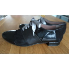 Chaussures à lacets  PERTINI Noir