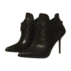 Bottines & low boots à talons VERSACE Noir