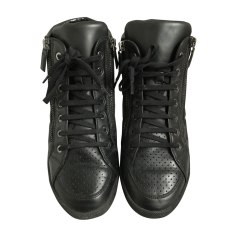 Chaussures Chanel Homme   articles luxe - Videdressing 6d722e86689