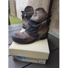 Bottines & low boots à talons AIRSTEP Marron