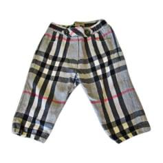 Sacs, chaussures, vêtements Burberry Bébé   articles luxe - Videdressing 74e806061a50