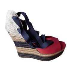 Sandales compensées FENDI Rouge, bordeaux